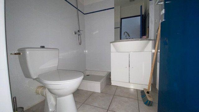 Appartement à louer 1 20m2 à Perpignan vignette-4