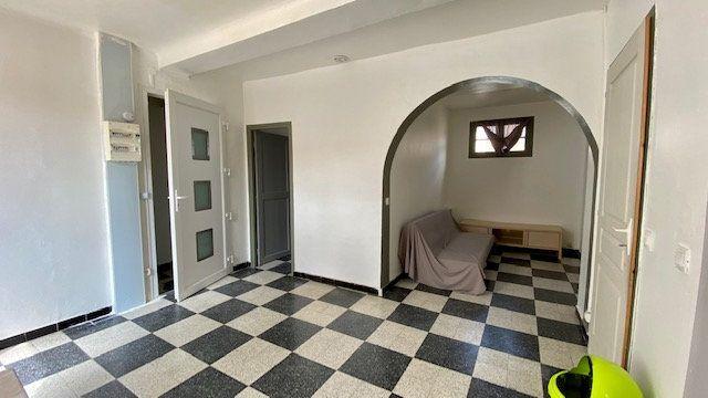 Appartement à louer 2 53m2 à Perpignan vignette-1