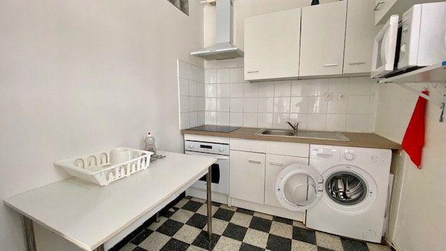 Appartement à louer 2 53m2 à Perpignan vignette-2
