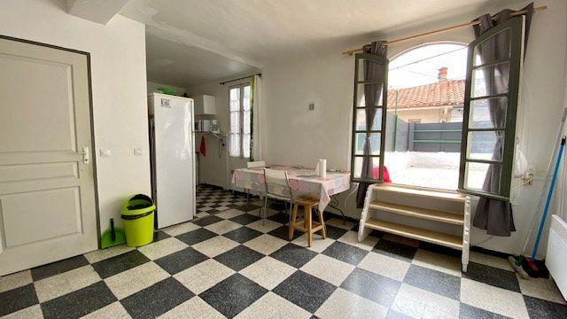 Appartement à louer 2 53m2 à Perpignan vignette-3