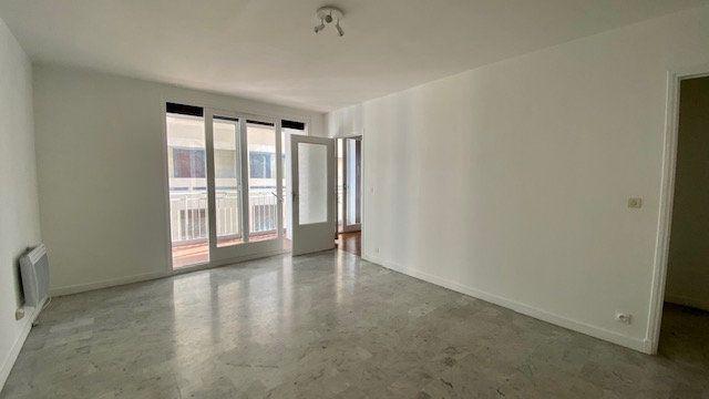 Appartement à louer 2 50m2 à Perpignan vignette-4