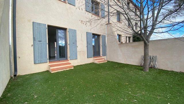 Maison à louer 4 124m2 à Canet-en-Roussillon vignette-6