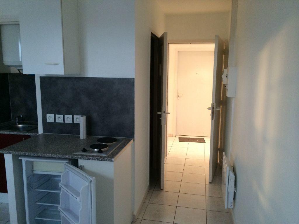 Appartement à louer 1 16m2 à Perpignan vignette-3