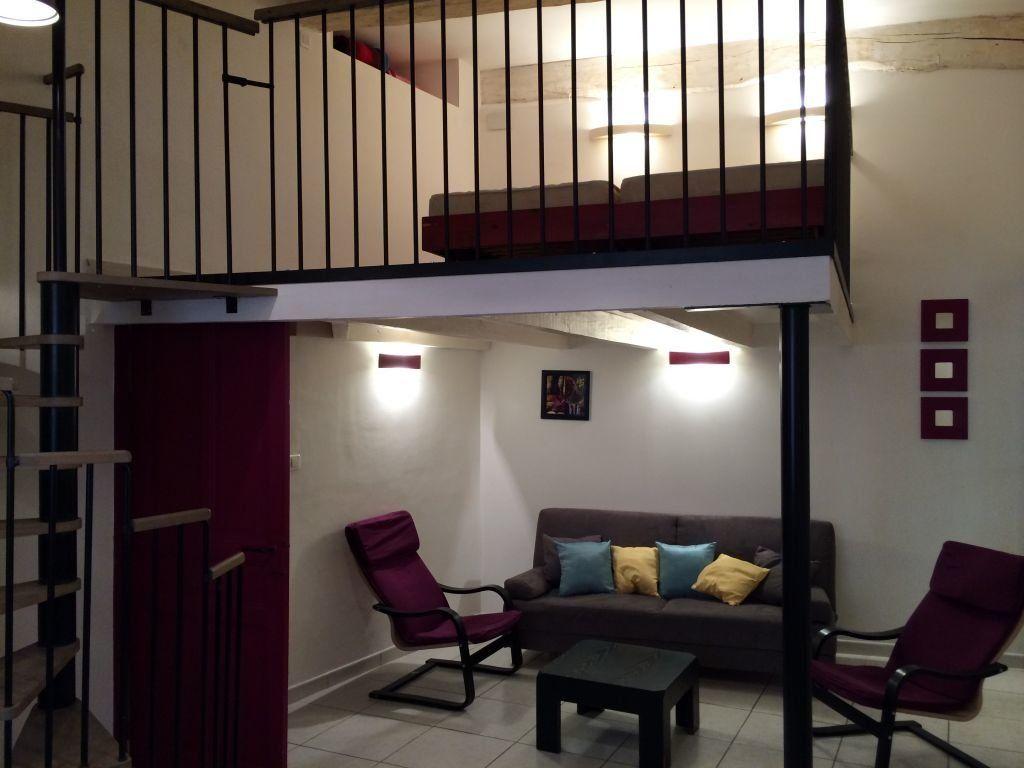 Appartement à louer 2 48m2 à Claira vignette-1