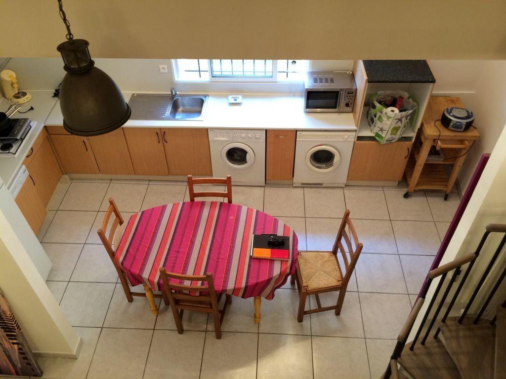 Appartement à louer 2 48m2 à Claira vignette-2