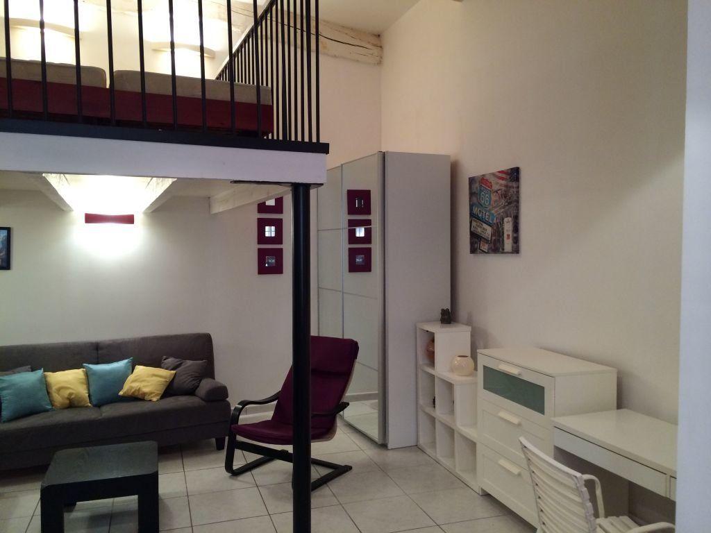 Appartement à louer 2 48m2 à Claira vignette-3