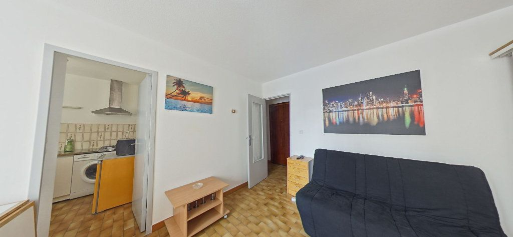 Appartement à louer 1 28m2 à Perpignan vignette-4