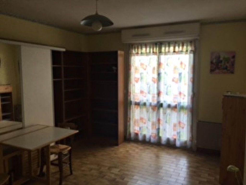 Appartement à louer 1 28m2 à Perpignan vignette-8