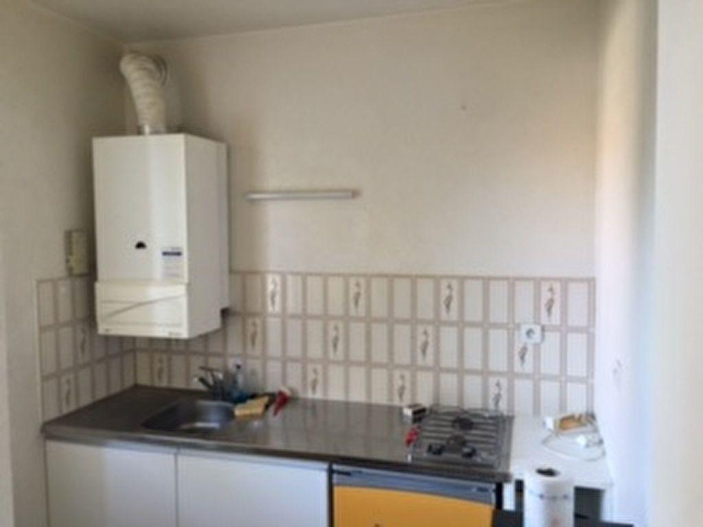 Appartement à louer 1 28m2 à Perpignan vignette-11
