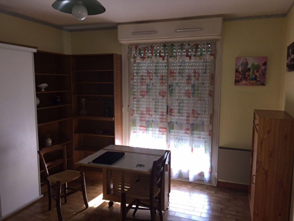 Appartement à louer 1 28m2 à Perpignan vignette-12