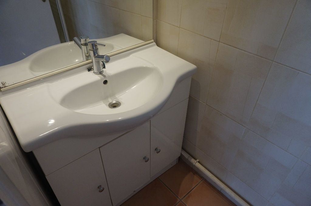 Appartement à louer 1 20m2 à Canet-en-Roussillon vignette-5