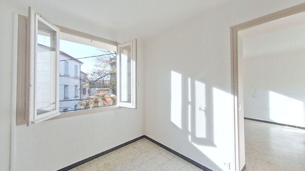 Appartement à louer 4 70m2 à Saint-Jean-Pla-de-Corts vignette-1