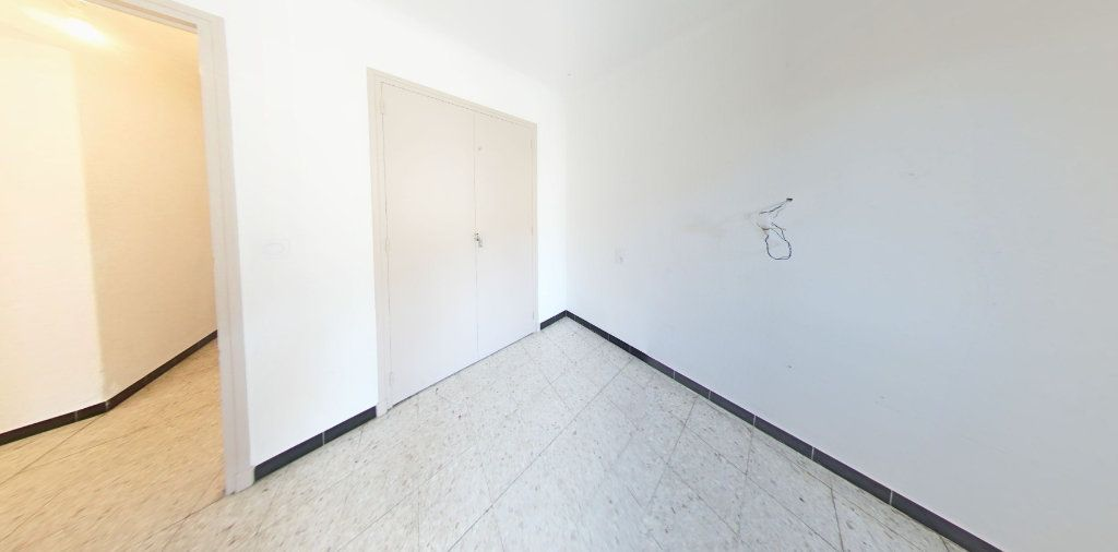 Appartement à louer 4 70m2 à Saint-Jean-Pla-de-Corts vignette-3