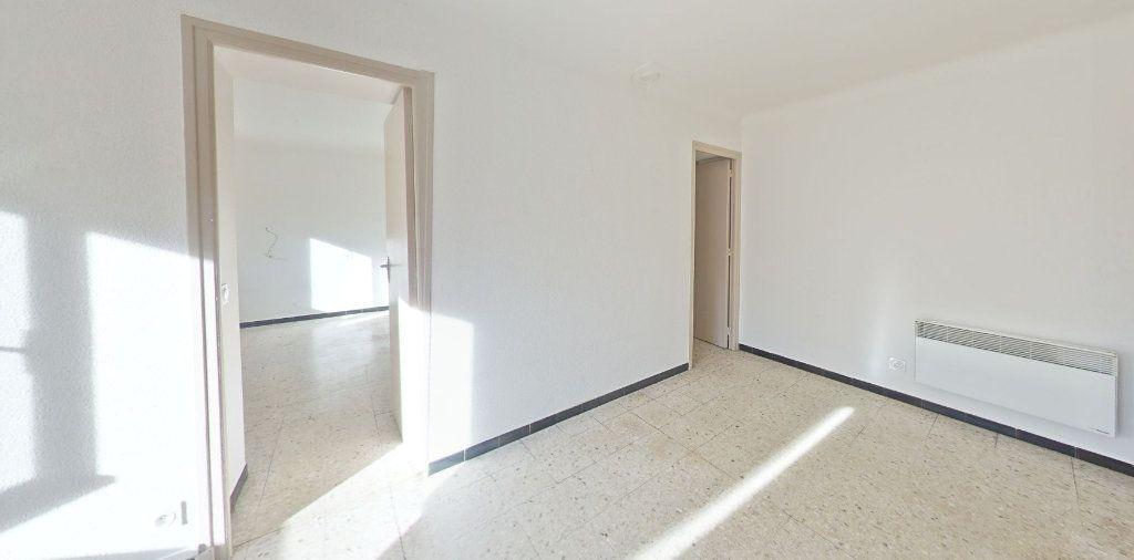 Appartement à louer 4 70m2 à Saint-Jean-Pla-de-Corts vignette-4