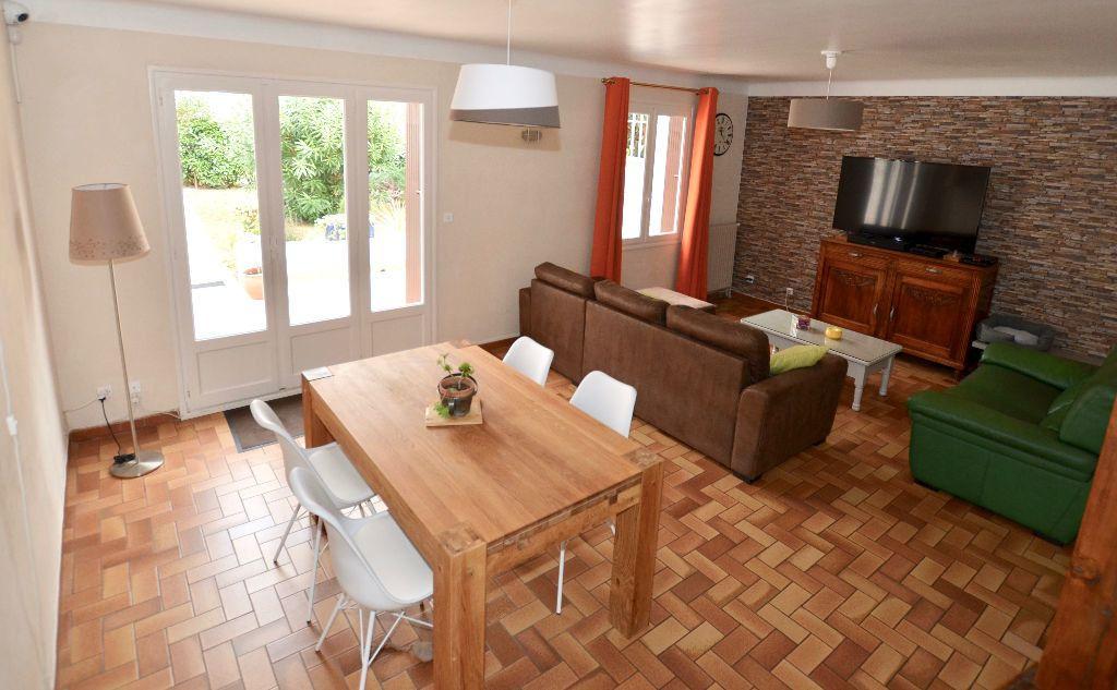 Maison à vendre 5 120m2 à Perpignan vignette-2