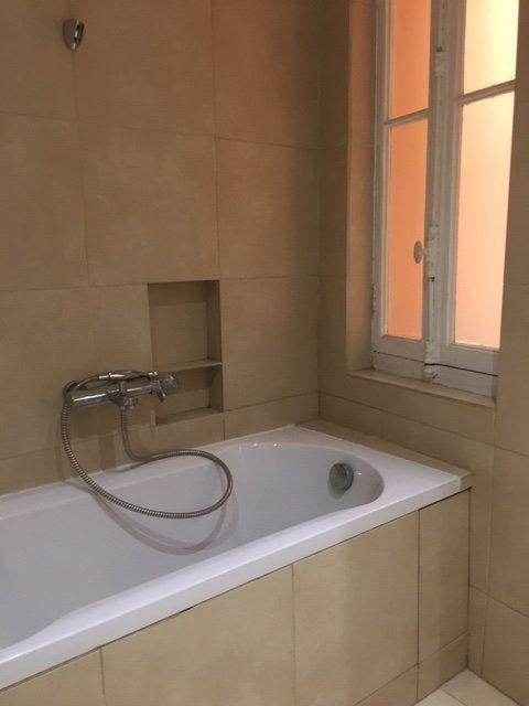 Appartement à louer 3 106m2 à Perpignan vignette-9