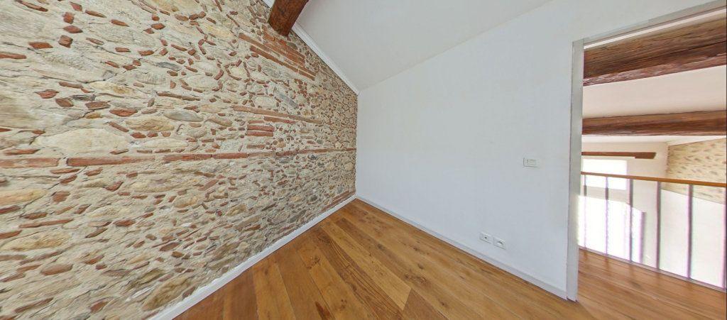 Appartement à louer 4 75m2 à Le Soler vignette-5