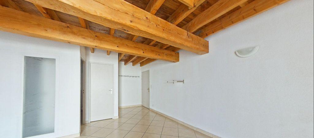 Appartement à louer 4 75m2 à Le Soler vignette-7