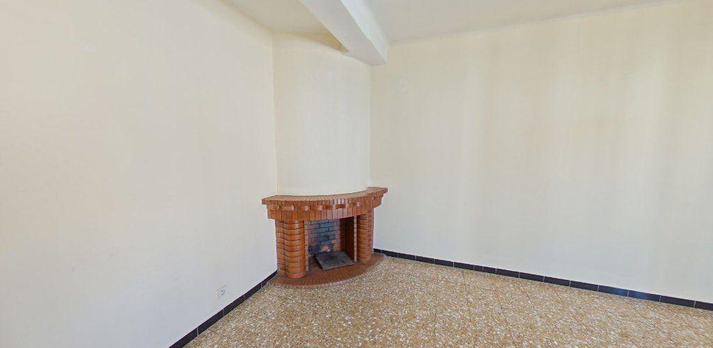Appartement à louer 3 70m2 à Perpignan vignette-2