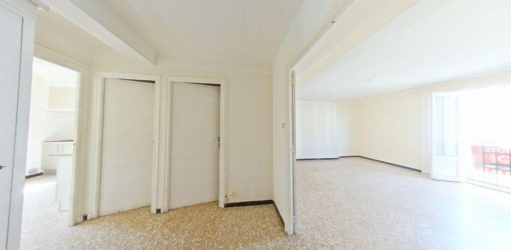 Appartement à louer 3 70m2 à Perpignan vignette-4
