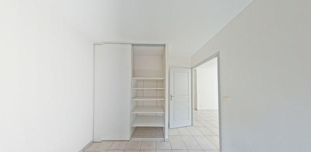 Appartement à louer 3 70m2 à Perpignan vignette-5
