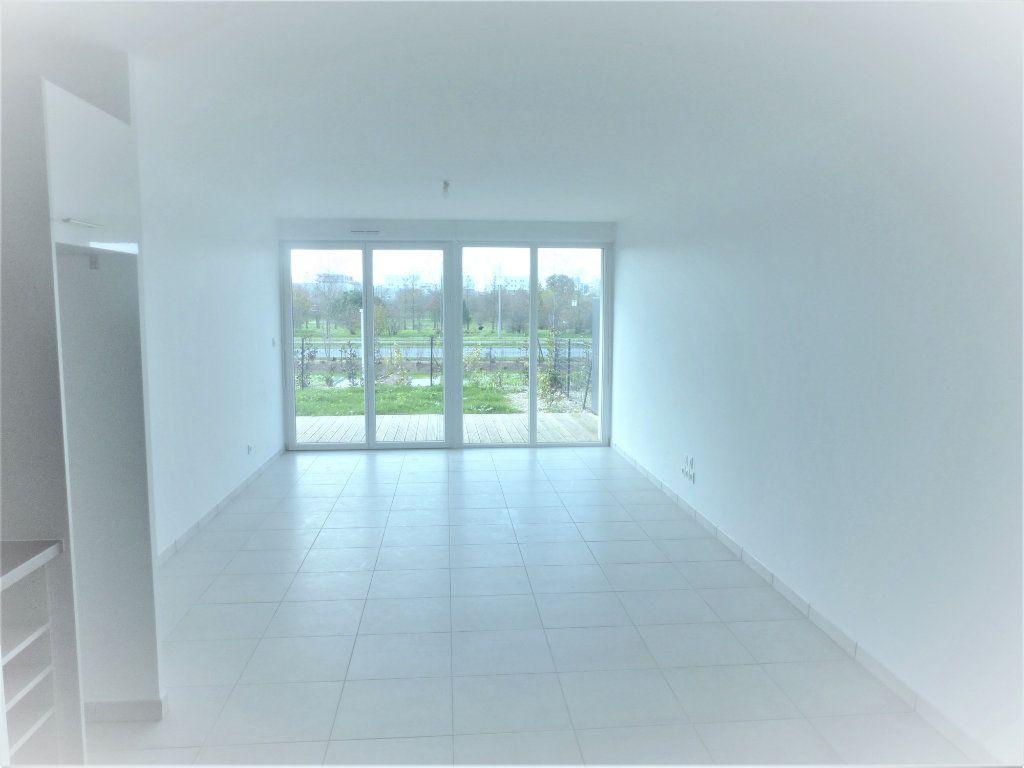 Appartement à vendre 3 69.35m2 à Blagnac vignette-2