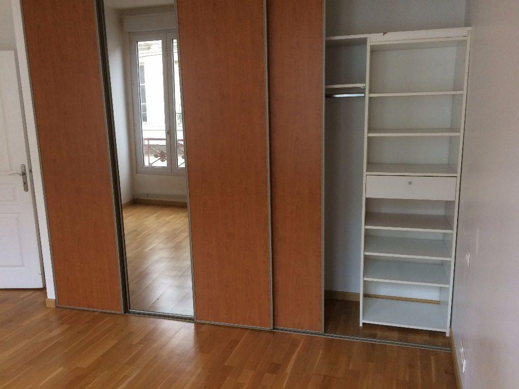 Appartement à louer 3 60m2 à Mamers vignette-7