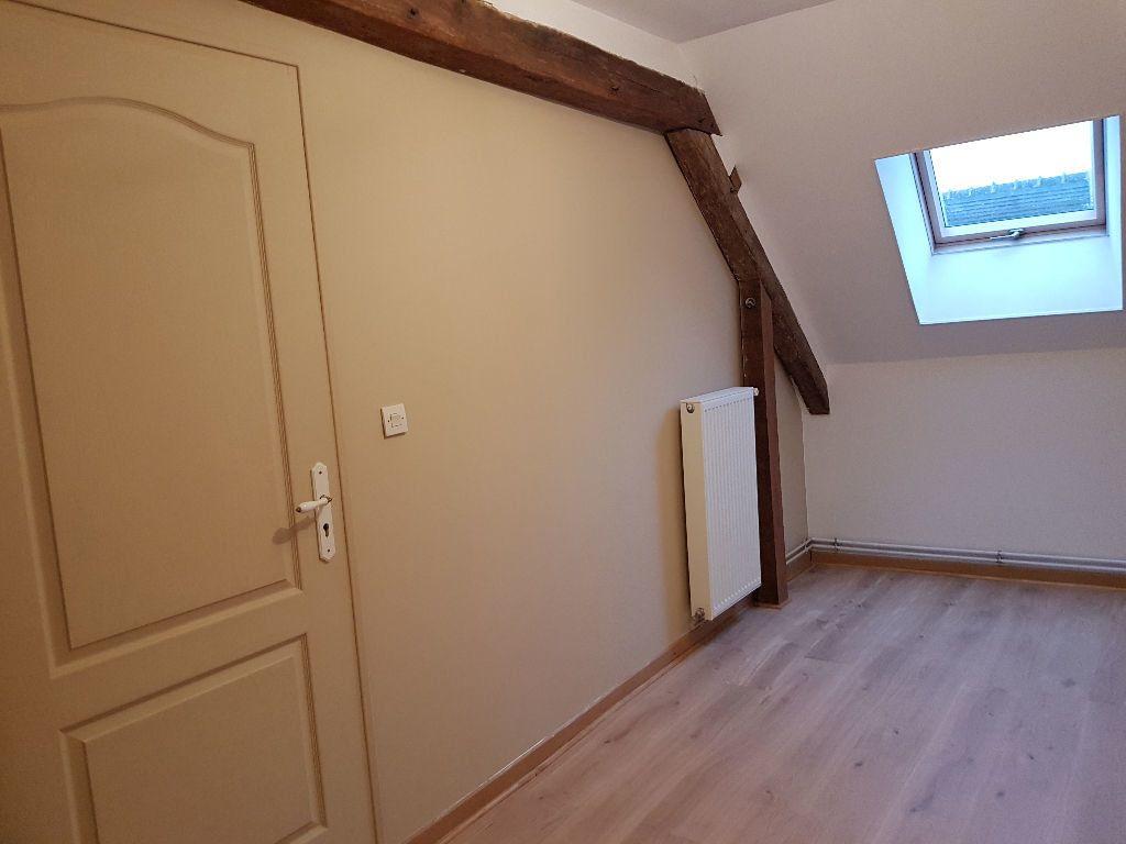 Maison à louer 4 80m2 à Mamers vignette-3