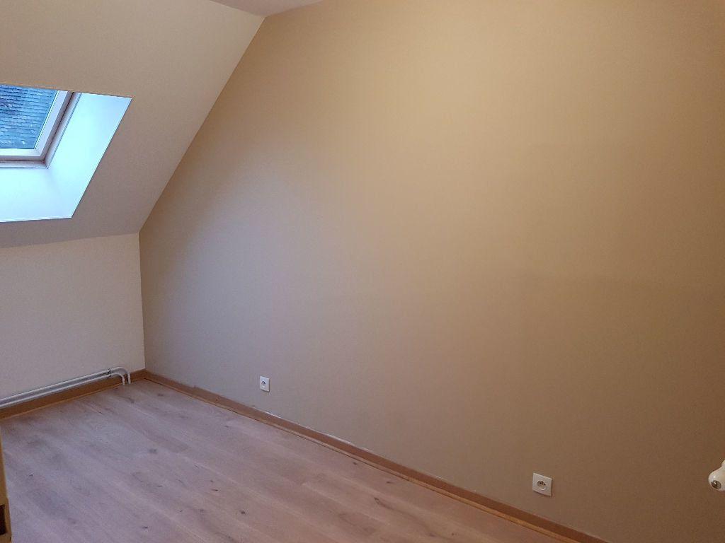 Maison à louer 4 80m2 à Mamers vignette-7