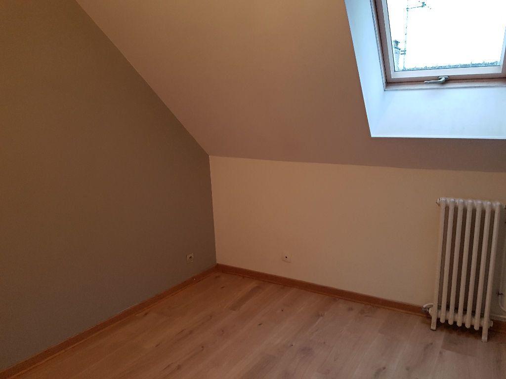 Maison à louer 4 80m2 à Mamers vignette-9
