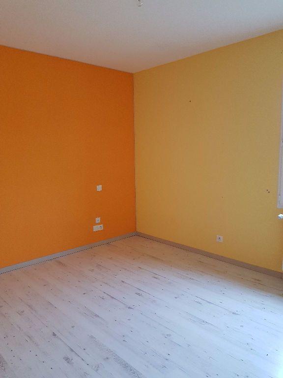 Maison à vendre 7 251m2 à Neufchâtel-en-Saosnois vignette-9