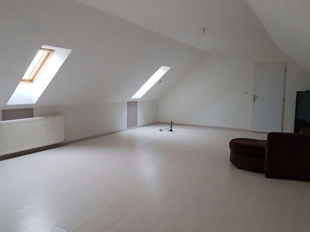 Maison à vendre 7 251m2 à Neufchâtel-en-Saosnois vignette-12