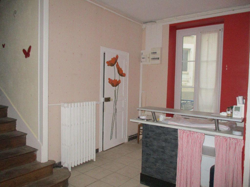 Maison à vendre 4 116m2 à Mamers vignette-9