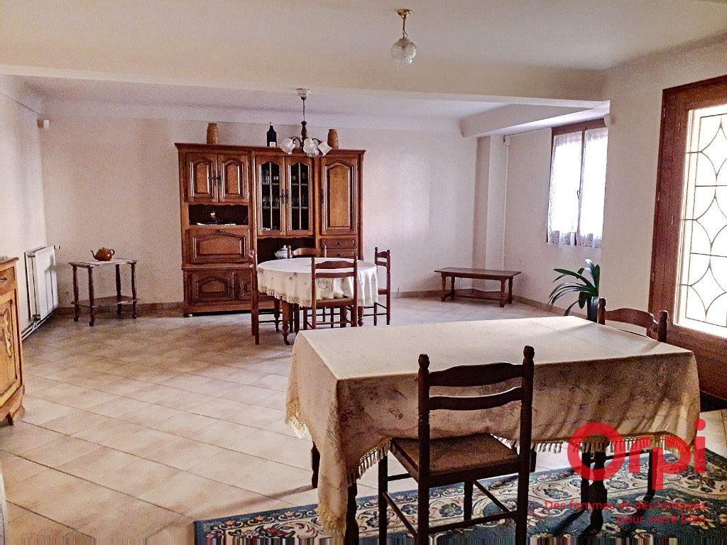 Maison à vendre 6 150m2 à Marolles-les-Braults vignette-2