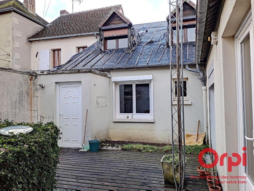Maison à vendre 6 150m2 à Marolles-les-Braults vignette-7
