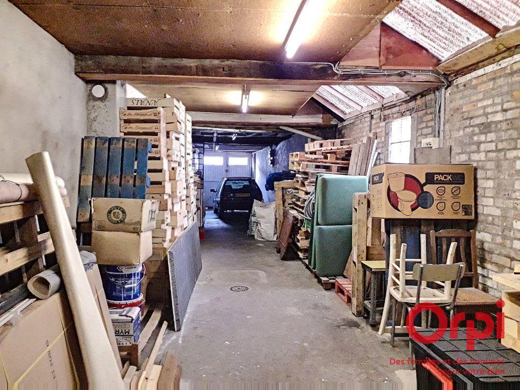 Maison à vendre 6 150m2 à Marolles-les-Braults vignette-15