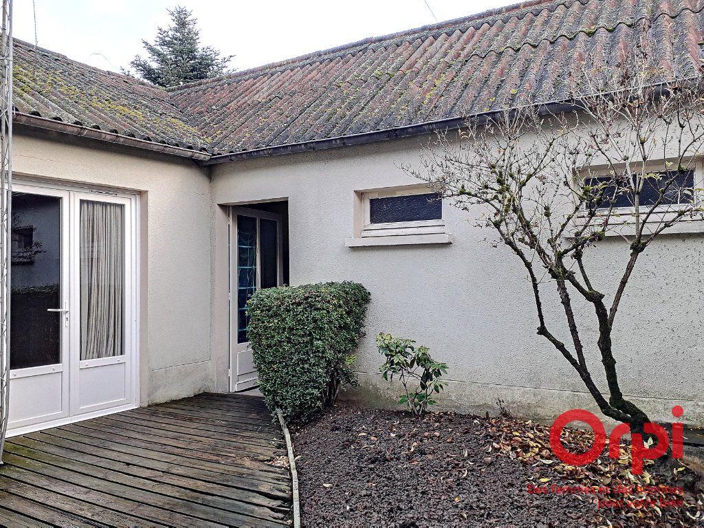 Maison à vendre 6 150m2 à Marolles-les-Braults vignette-16
