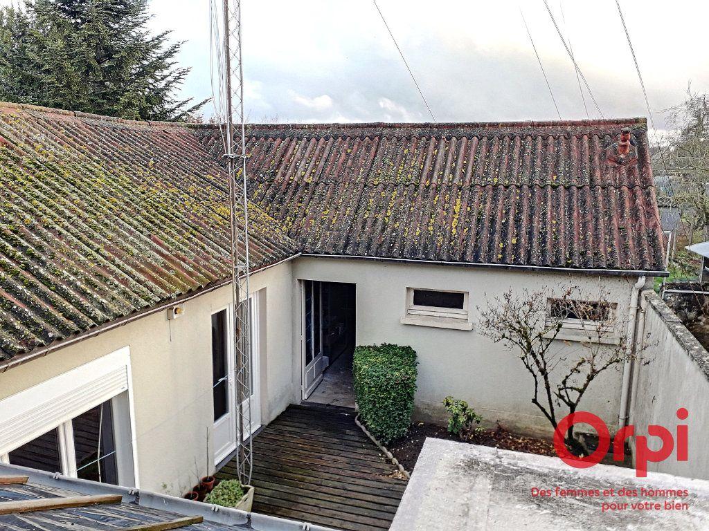 Maison à vendre 6 150m2 à Marolles-les-Braults vignette-17