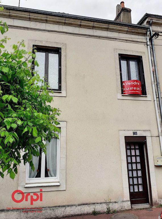 Maison à vendre 4 93m2 à Mamers vignette-1