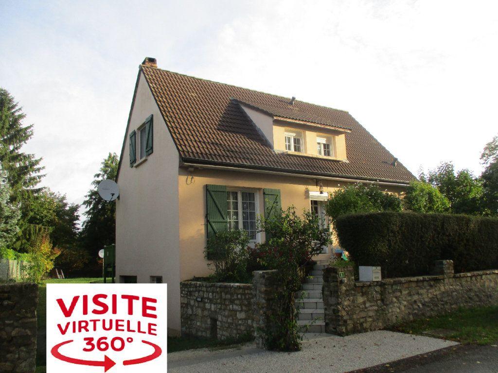 Maison à vendre 5 98m2 à Livet-en-Saosnois vignette-1