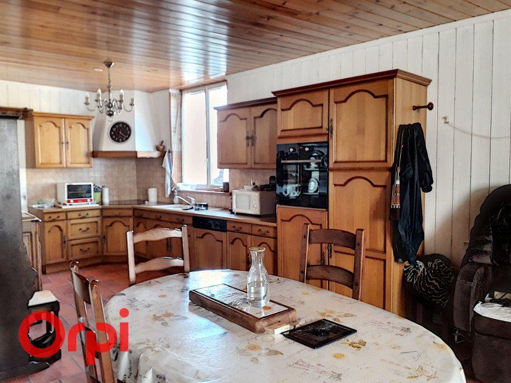Appartement à vendre 3 77m2 à Mamers vignette-1