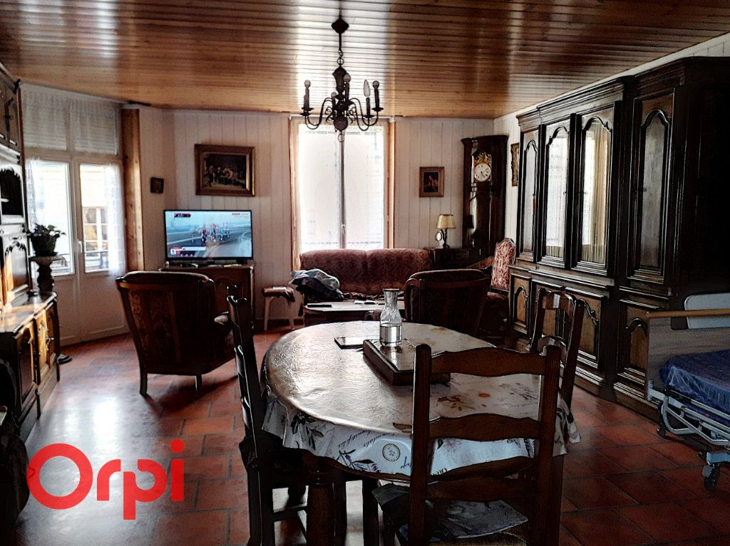 Appartement à vendre 3 77m2 à Mamers vignette-3