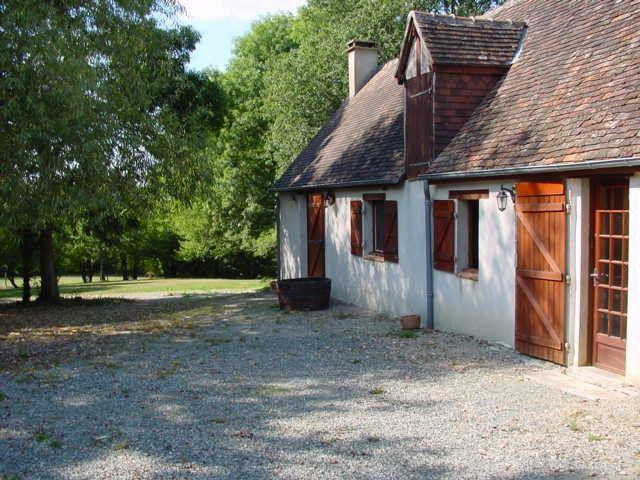 Maison à vendre 4 140m2 à La Fresnaye-sur-Chédouet vignette-1