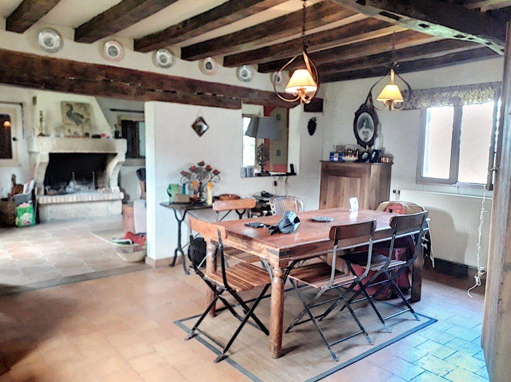 Maison à vendre 4 140m2 à La Fresnaye-sur-Chédouet vignette-2