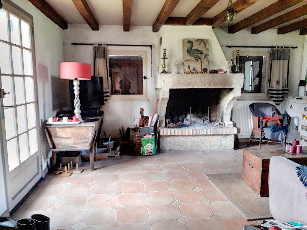 Maison à vendre 4 140m2 à La Fresnaye-sur-Chédouet vignette-8