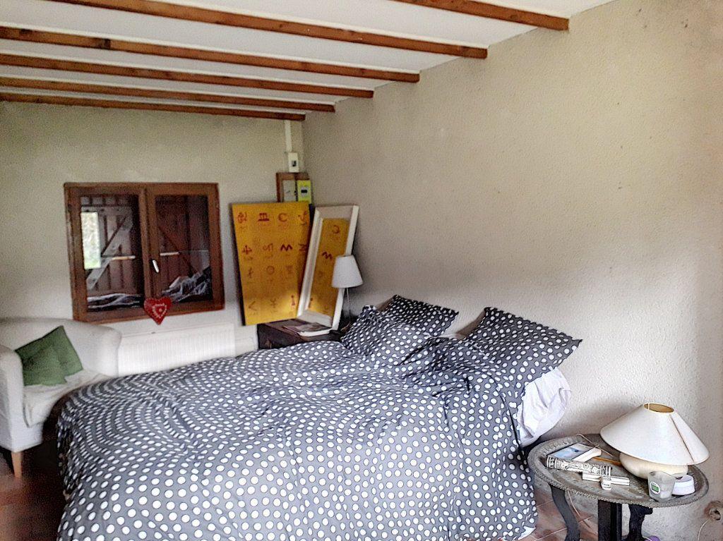Maison à vendre 4 140m2 à La Fresnaye-sur-Chédouet vignette-9
