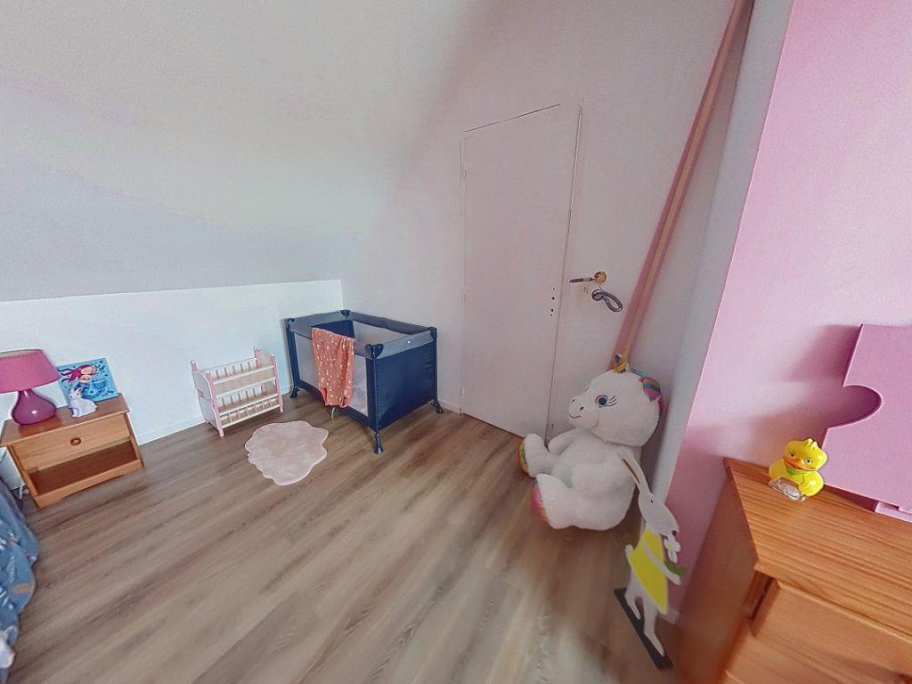 Maison à vendre 4 105m2 à Aillières-Beauvoir vignette-4