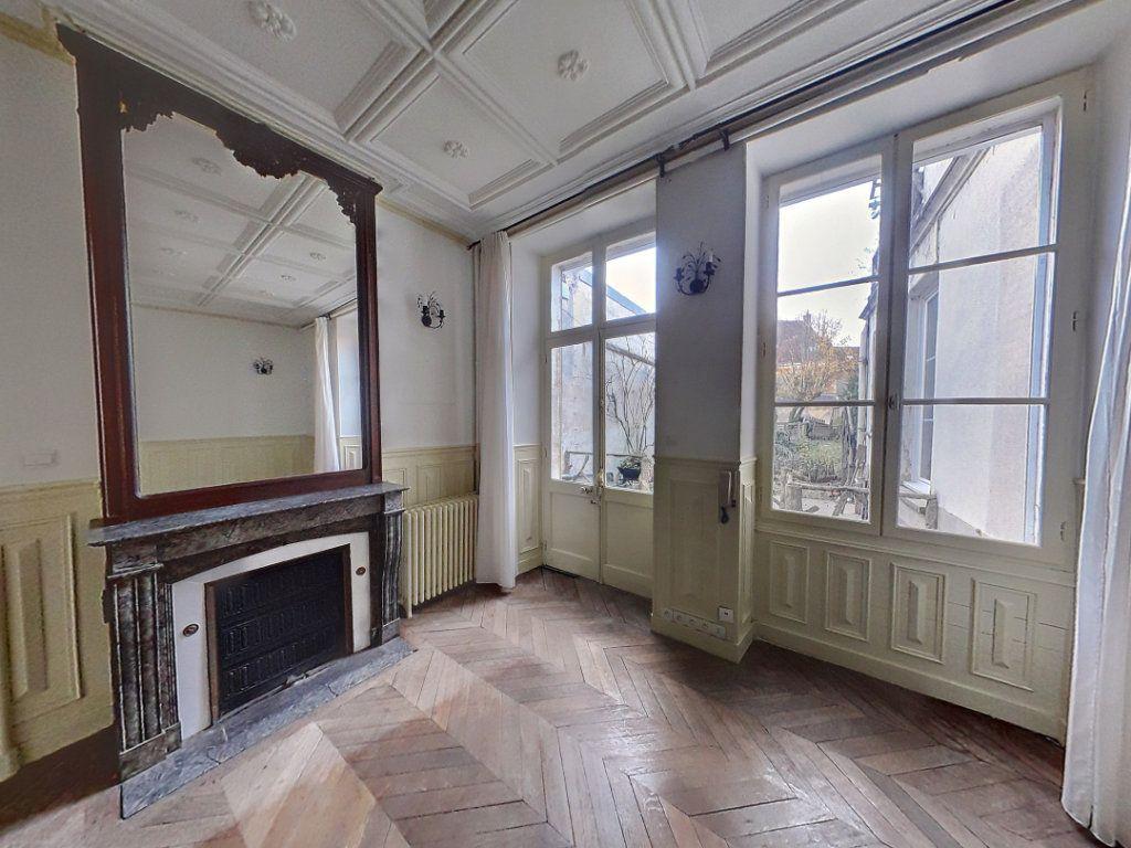 Maison à vendre 9 230m2 à Mamers vignette-5