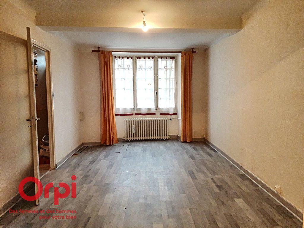 Maison à vendre 3 67m2 à Mamers vignette-3