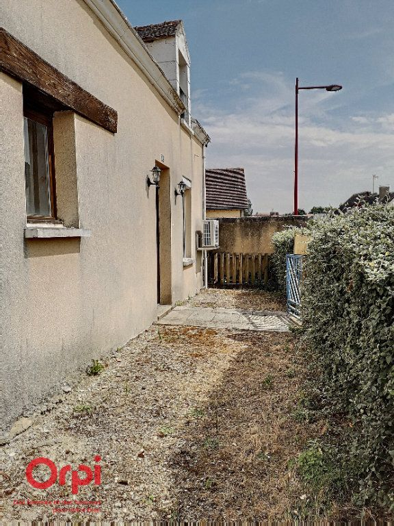 Maison à vendre 5 105m2 à Neufchâtel-en-Saosnois vignette-15